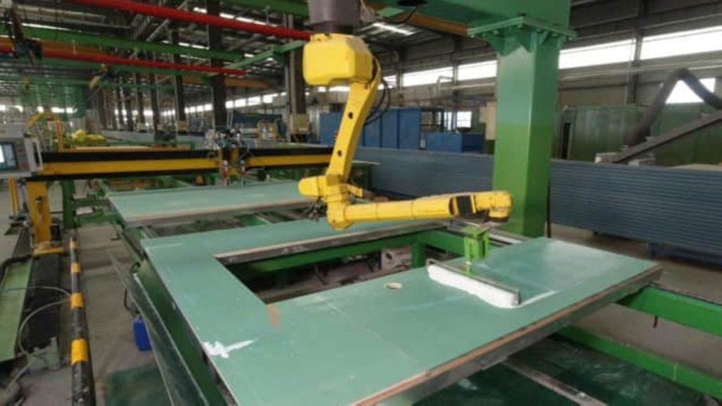 Modular Building automatic glue application