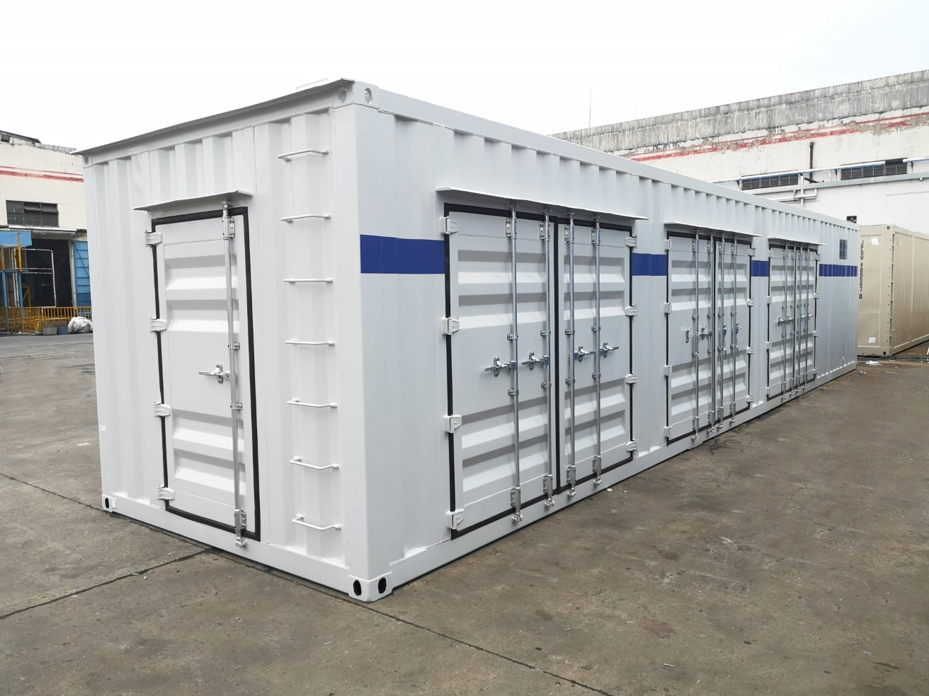 SVG Equipment Container